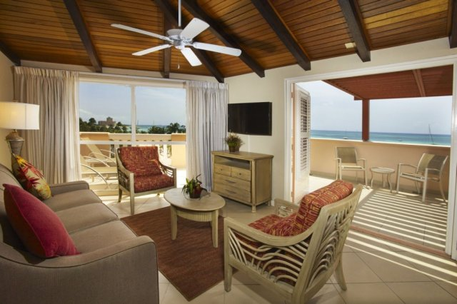 playa_linda-two_bedroom_suite-living_balcony.jpg